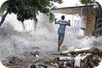 Тропічний Циклон Карлос Бушує В Австралії